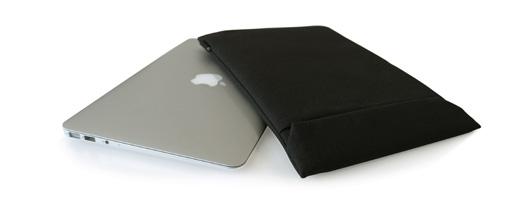 プレアデス、MacBook AirとiPhone 4用のポーチ型ファブリックケースを発売