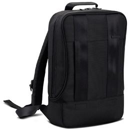 プレアデス、13インチMacBook Proまで対応するコンパクトで軽量なバックパックを発売