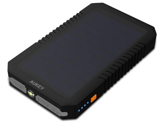 Aukey ソーラーチャージャー 12000mAh モバイルバッテリー
