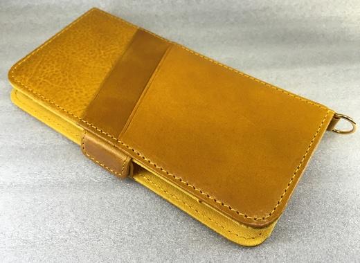 【レビュー】右開きの手帳型iPhoneレザーケース「Real Leather CRÊPE」