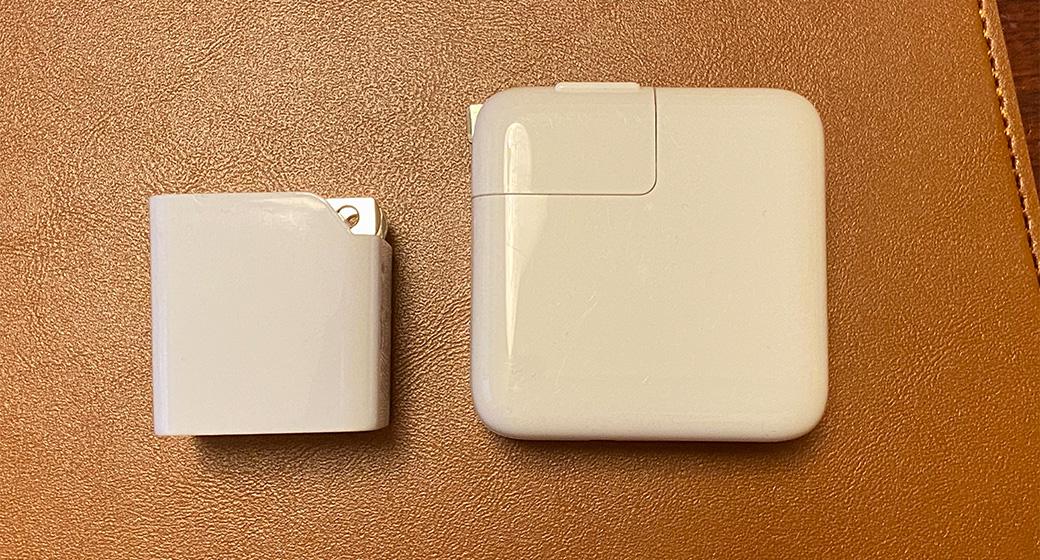 Apple純正アダプタとの比較