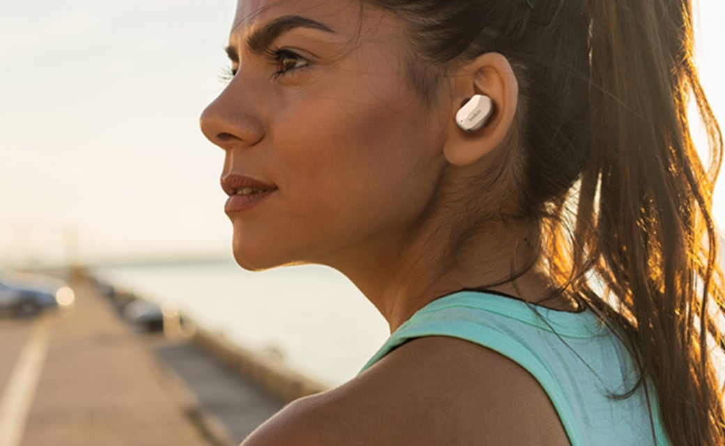 ベルキン、防滴機能対応の完全ワイヤレスイヤフォン「SOUNDFORM 完全ワイヤレスイヤフォン」を発売